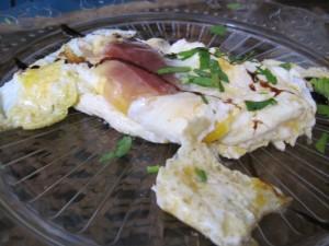 La Traviesa, brunch: omelette de jamón