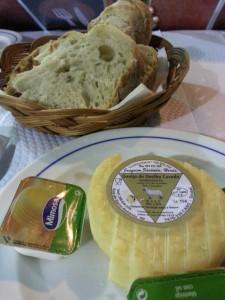 Pan y queso de entrantes