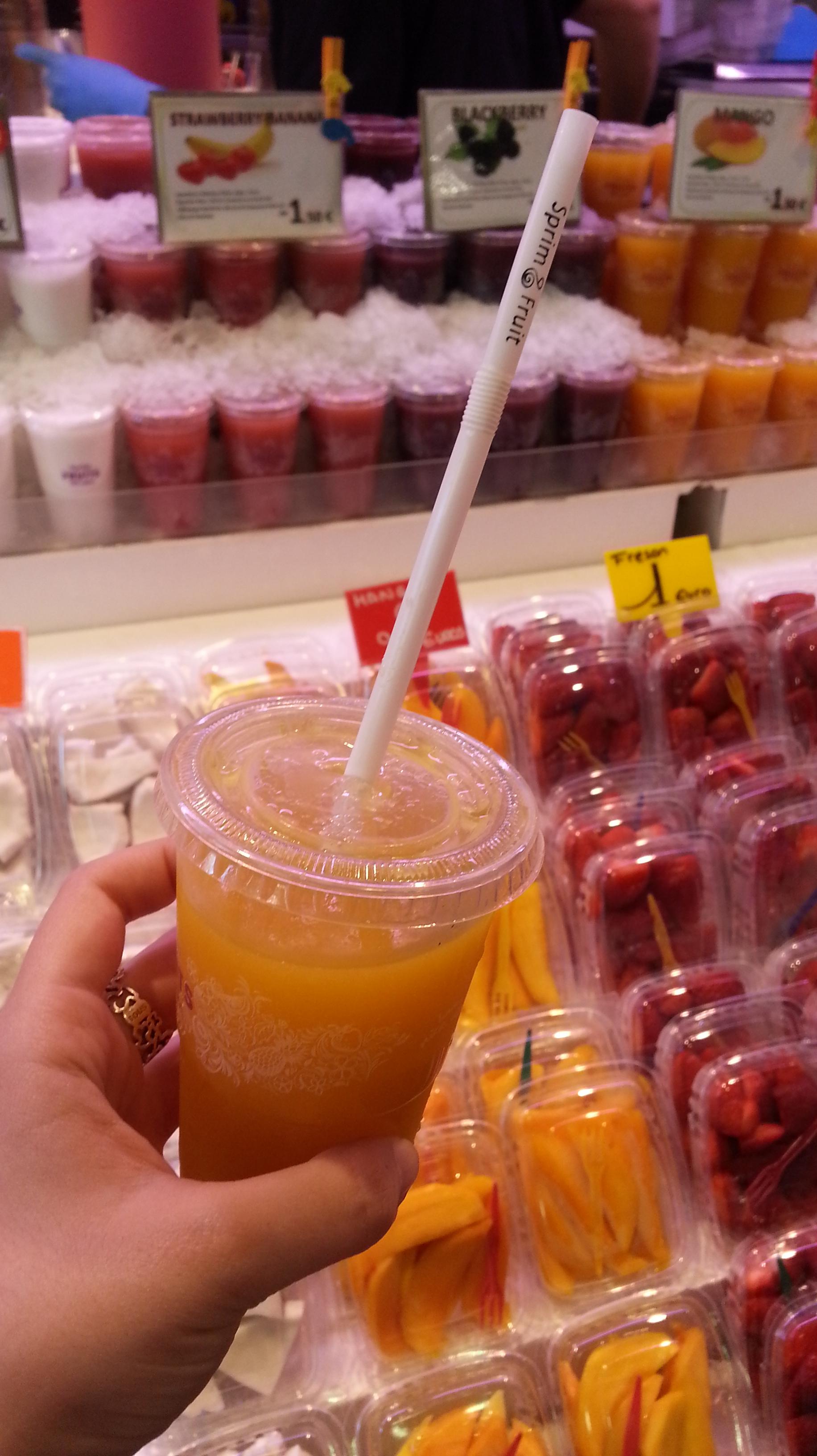 Zumo de mango en el Mercado de La Boquería