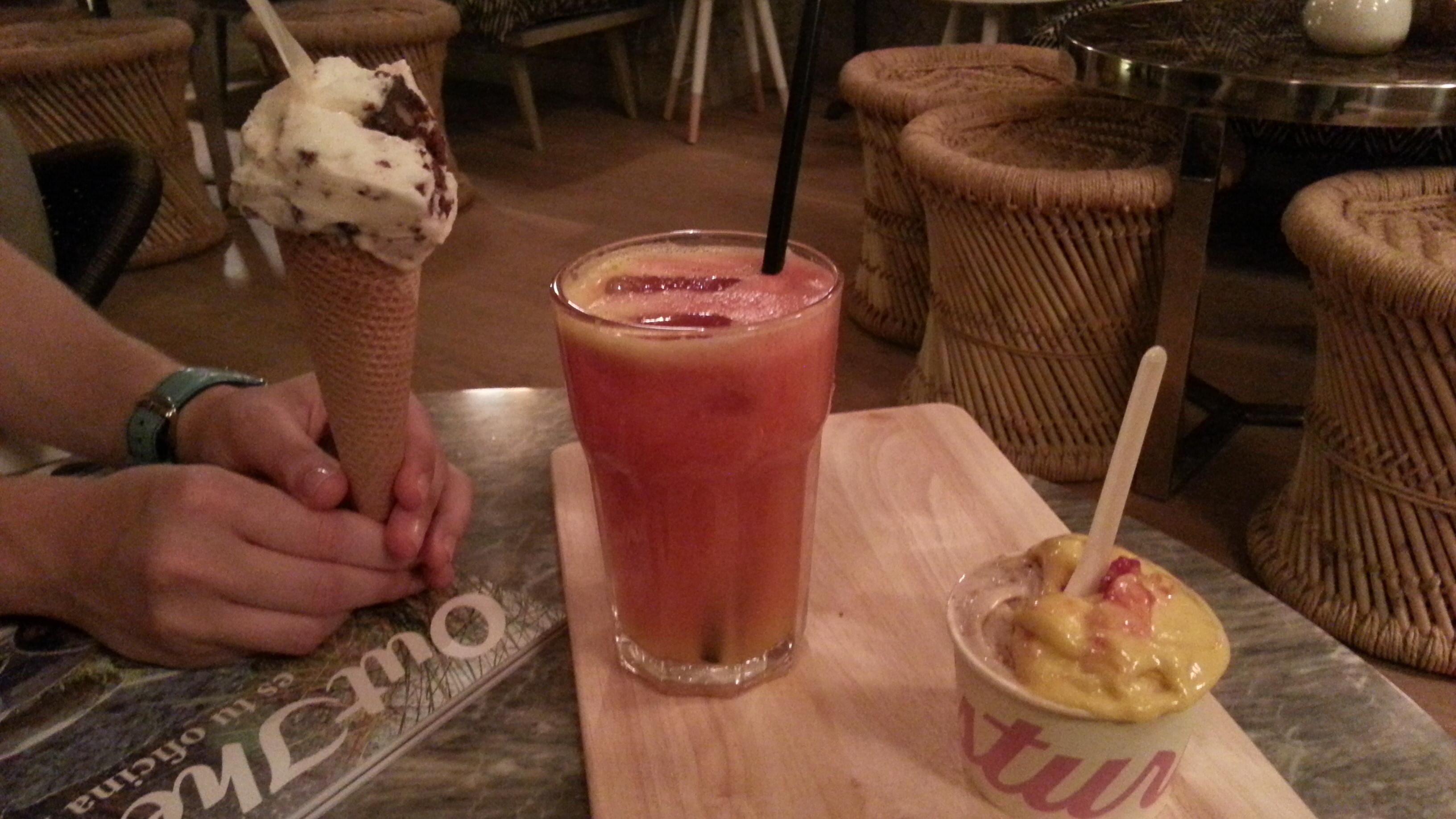 Cucurucho, zumo y tarrina de Mistura
