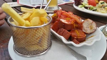 Currywurst a la Palais