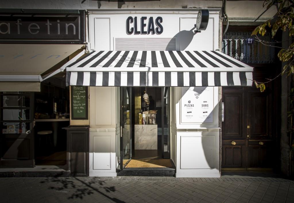 Fachada de Cleas