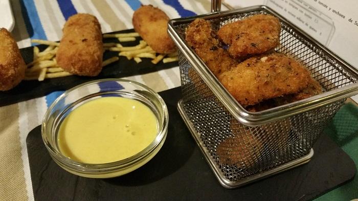 Lágrimas de pollo con salsa de mostaza y miel, El Reloj de Arena