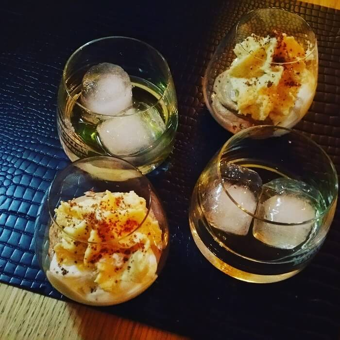 Postre y whisky on ice ball. The Macallan y OTTO.