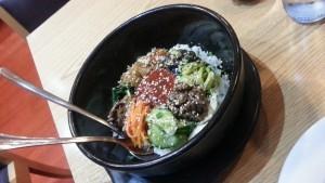 Dolsot bibimbab. Restaurante coreano Maru, Madrid
