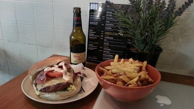 Hamburguesa BRO en BRO, Barcelona (con Mac de postureo incluido)